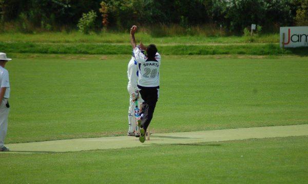 Sparta 1 en 2 winnen Shahzad 9 wickets!