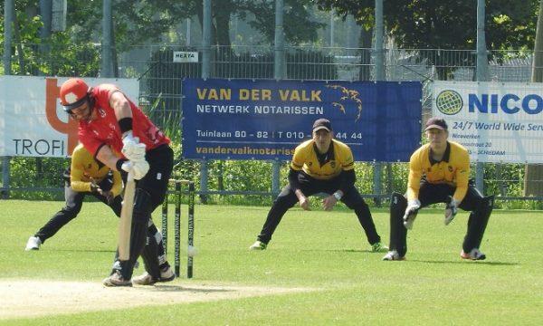 Max Hoornweg 7 wickets leidt Sparta naar zege op Excelsior'20
